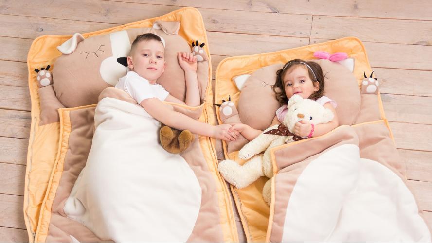 Піжама-трійка: яскравий хіт домашньої моди