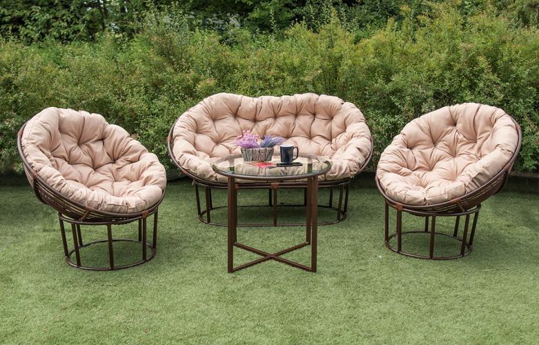 Садові плетені меблі